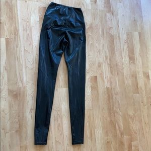 Wilfred Pants - Aritzia Faux Leather legging